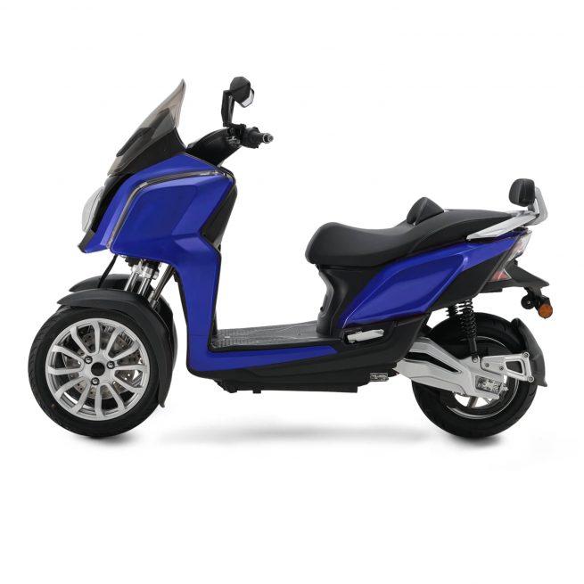 Rider 3RS+ bleu coté gauche sur fond blanc